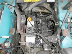 ヤンマー V3-5A エンジンルーム