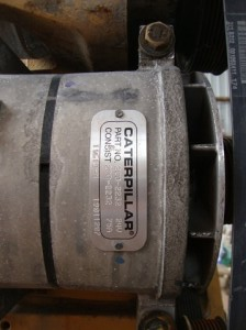 CAT エンジン C13