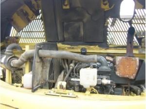 PC60-7 エンジンルーム