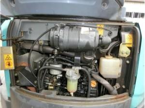 コベルコ建機 SK30SR-5 エンジンルーム