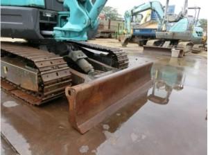 コベルコ建機 SK30SR-5 ブレード(排土板)
