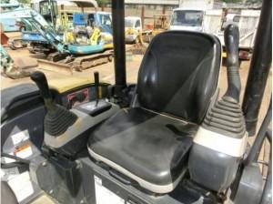 コマツ PC30MR-3 シート